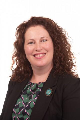 Eileen Regan